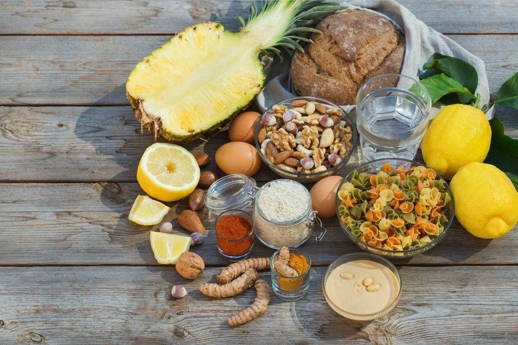 Kihtipotilaan ruokavalioon sopivia ruoka-aineita.